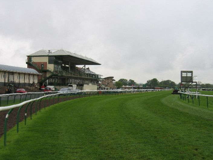 Warwick Betting Odds and Racecourse Guide