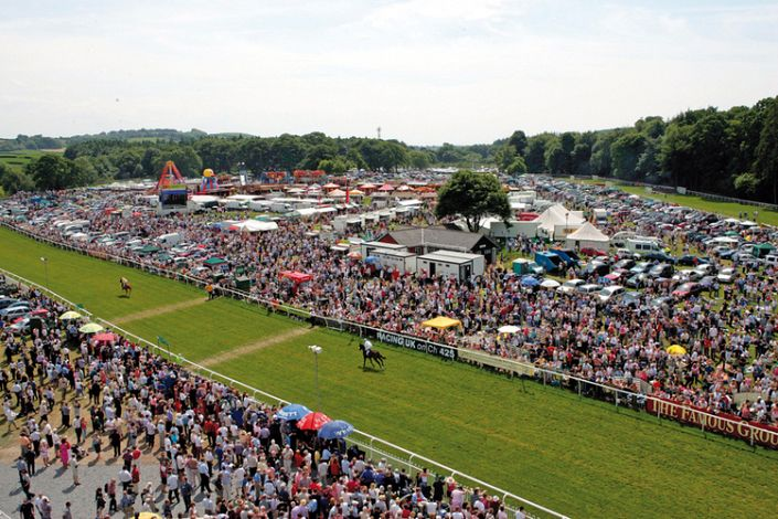 Cartmel Betting Odds and Racecourse Guide